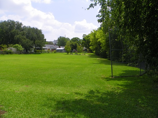 Country Club Park 2